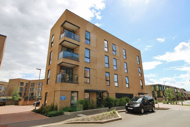 Thumbnail Flat to rent in Ellis Road, Trumpington, Cambridge
