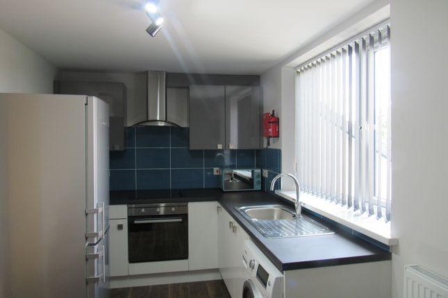 Thumbnail Flat to rent in Hawkins Street, Preston