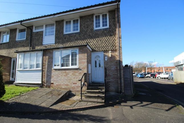 Thumbnail Terraced house to rent in Ivy Crescent, Bognor Regis