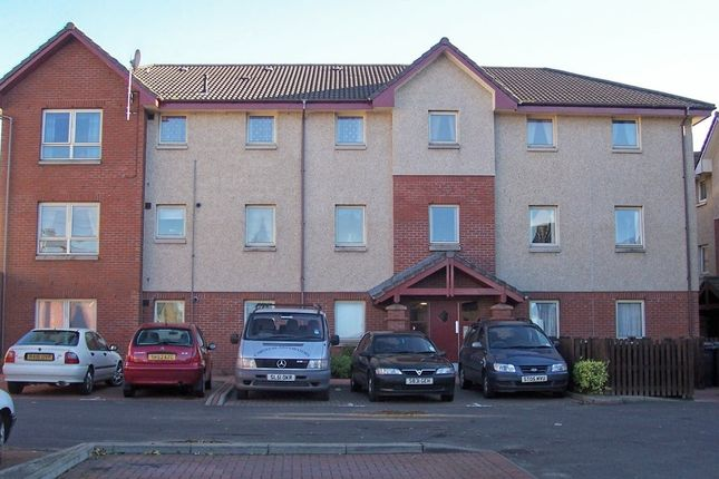 Thumbnail Flat to rent in Clay Acres Court, Dunfermline