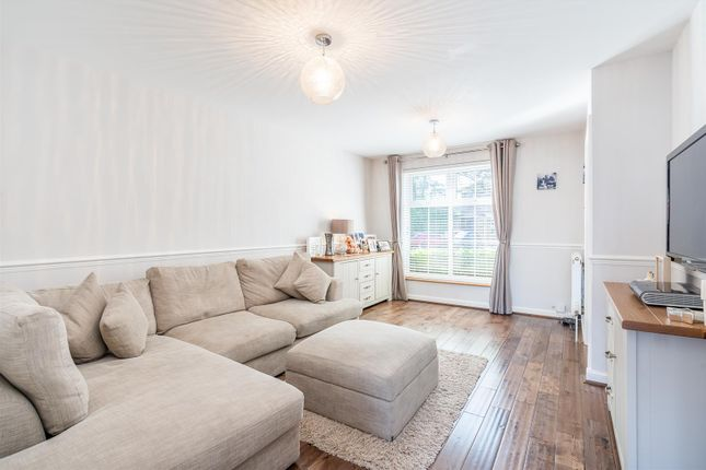 Lounge 1 of Tanners Crescent, Hertford SG13
