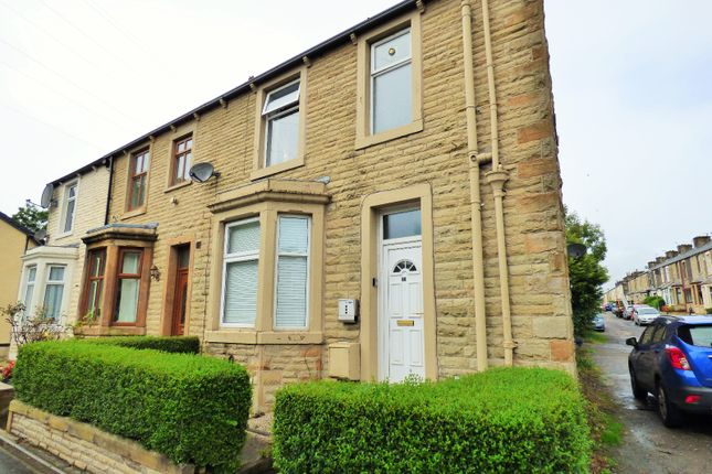 Thumbnail Flat to rent in Cemetery Road, Padiham, Burnley