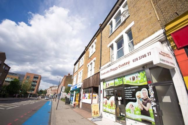 Thumbnail Triplex to rent in Balham High Road, Balham