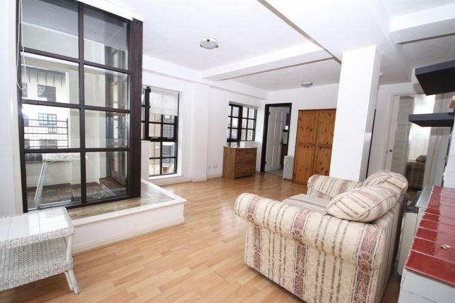 1 bed flat to rent in Rope Street, London SE16