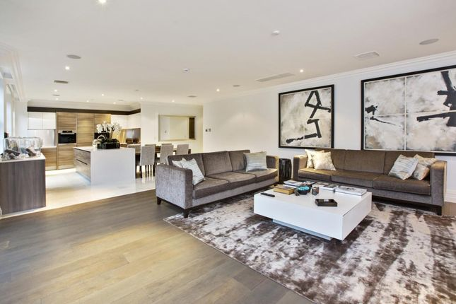 Thumbnail Flat to rent in Leopold Court, Princess Square