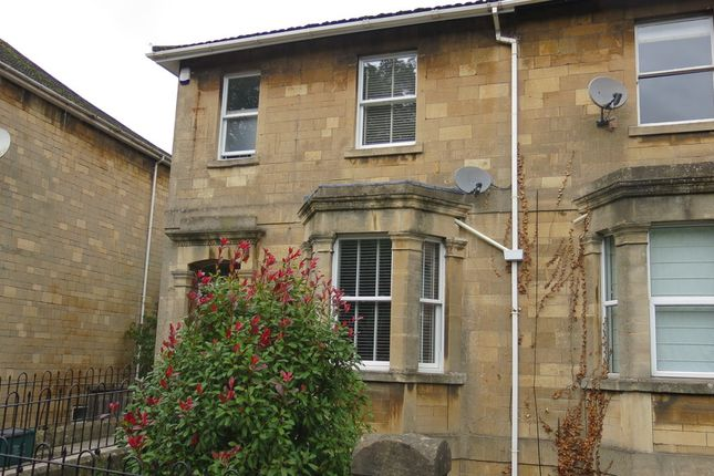 Thumbnail Maisonette to rent in Lower Oldfield Park, Bath