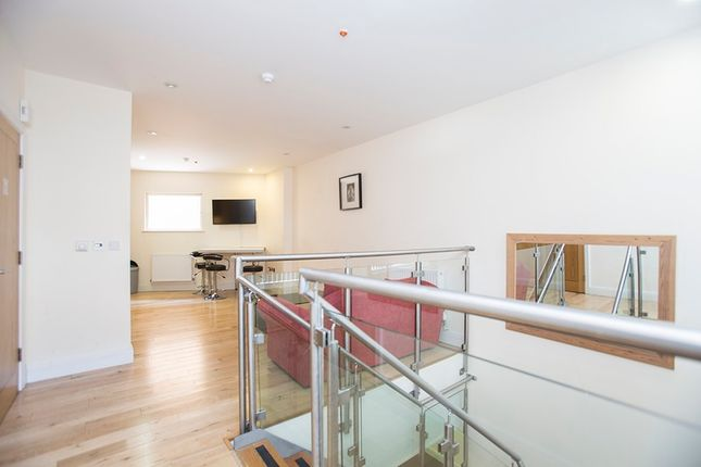Thumbnail Flat for sale in Murray Street, Camden, London