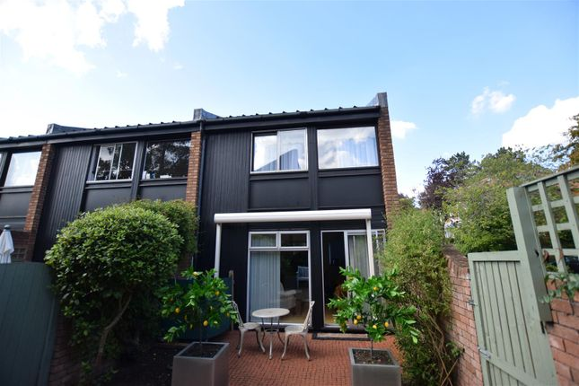 Thumbnail Property for sale in Pine Close, Norwich