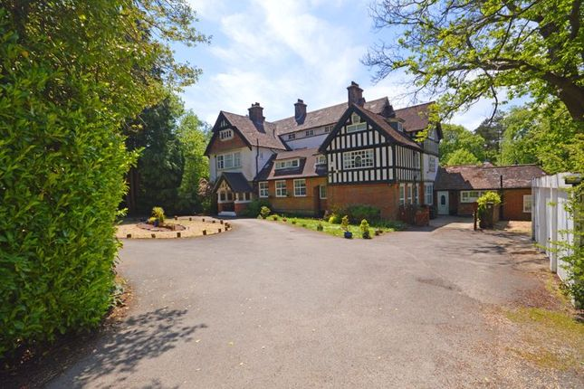 1 bed flat to rent in Tower Road, Hindhead GU26
