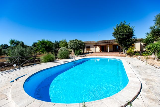 Thumbnail Country house for sale in Campos, Majorca, Balearic Islands, Spain