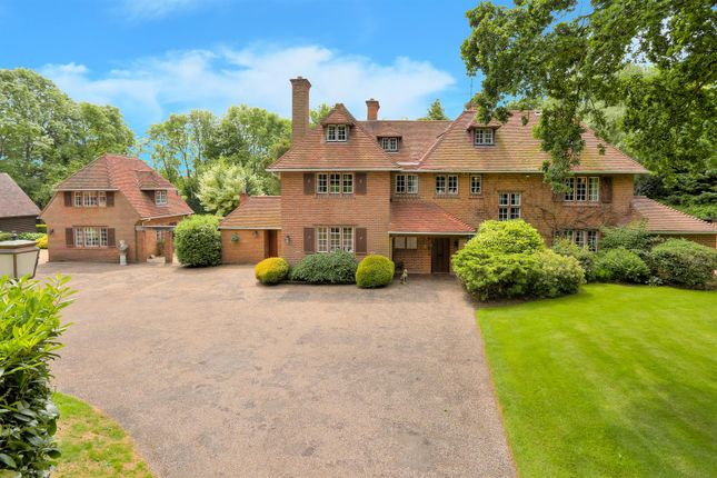 Thumbnail Country house for sale in Bulstrode Lane, Felden, Hemel Hempstead
