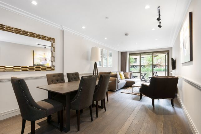 Thumbnail Flat for sale in Queens Wharf, Crisp Road, London