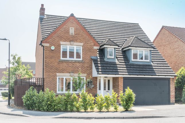 4 bed detached house for sale in Oxclose Park View, Halfway, Sheffield S20