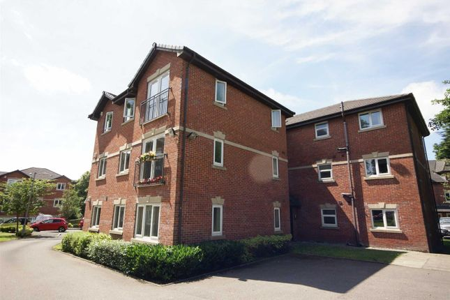 Thumbnail Flat to rent in Thurlwood Croft, Westhoughton, Bolton