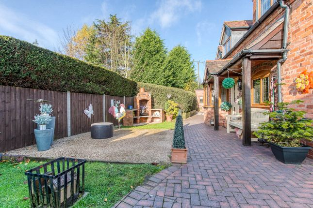 Courtyard of Rocky Lane, Bournheath, Bromsgrove B61