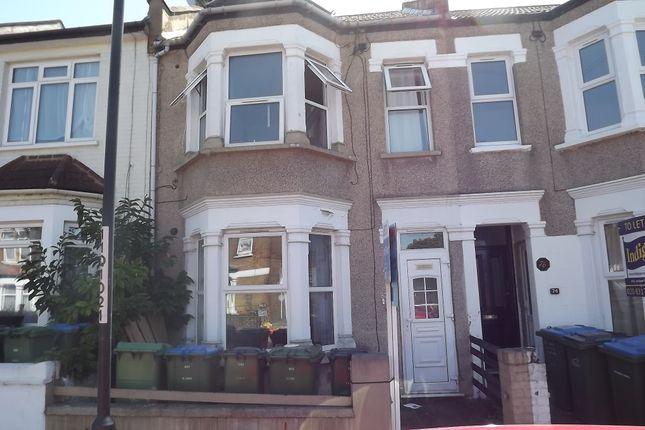 Thumbnail Flat for sale in Myrtledene Road, Abbey Wood