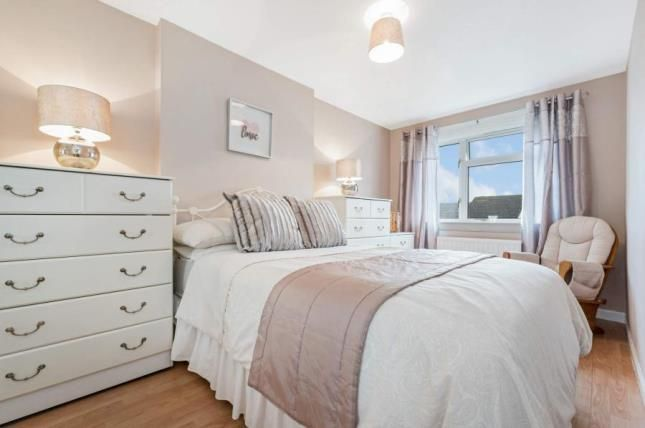 Bedroom of Barbour Avenue, Stirling, Stirlingshire FK7