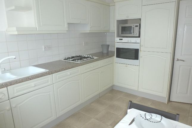 2 bed flat to rent in Burnaby Road, Westbourne, Bournemouth