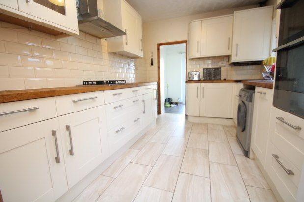 Thumbnail Terraced house to rent in Edward Road, Croydon