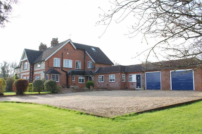 Thumbnail Property for sale in Runwick Lane, Farnham
