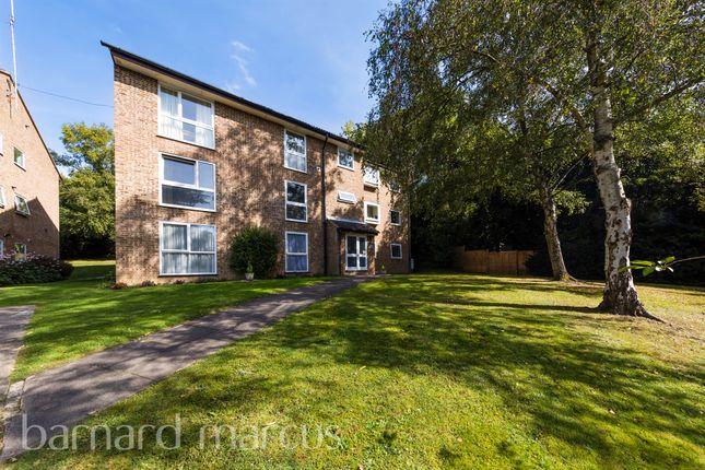 1 bed flat for sale in Wettern Close, Sanderstead, South Croydon CR2