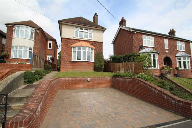 Thumbnail Detached house for sale in Sloe Hill, Halstead