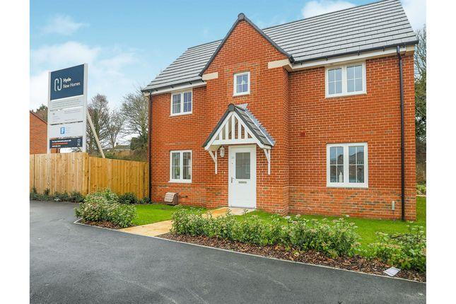 Thumbnail Terraced house for sale in Warren Grove, Storrington