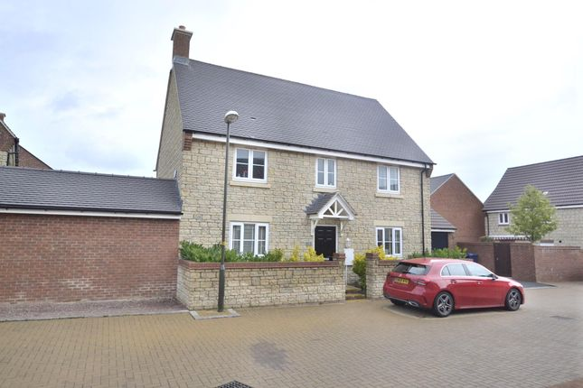 Thumbnail 4 bedroom detached house for sale in Walnut Close, Brockworth, Gloucester