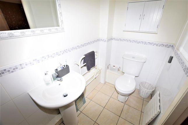 Shower Room of Glanfa Dafydd, Barry CF63