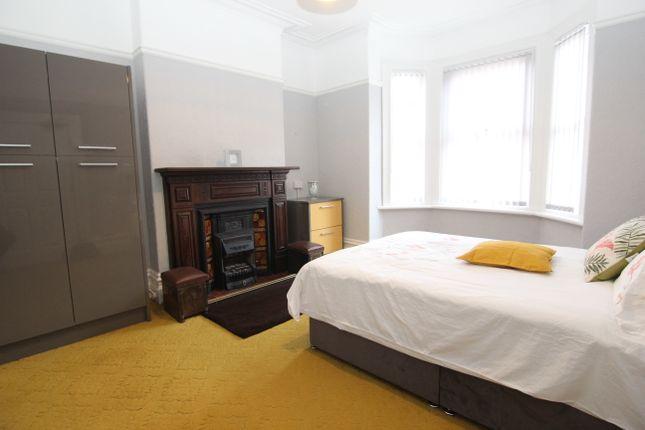 Room to rent in Fairfield Road, Droylsden, Manchester M43