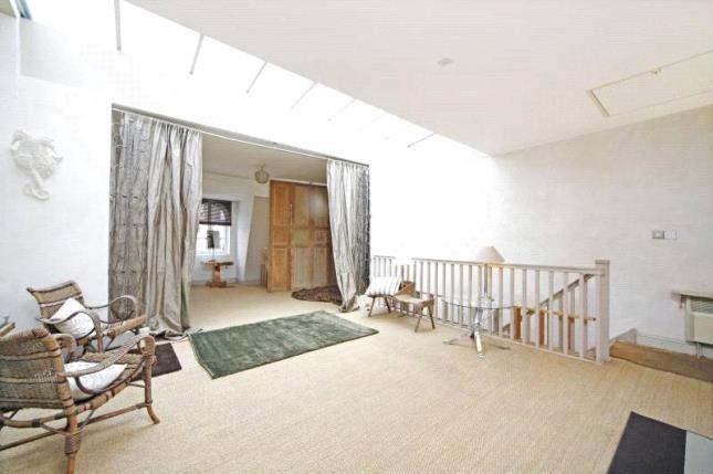Thumbnail Maisonette to rent in St Lukes Road, Notting Hill
