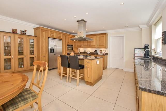 Thumbnail Detached house for sale in Cobham, Surrey