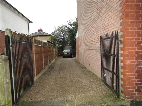 Ext Driveway of Braddon Street, Preston PR1