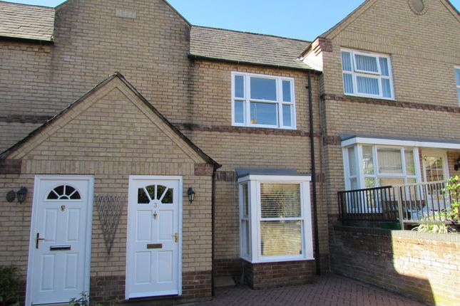 Thumbnail Terraced house to rent in St. Peters Court, Stamford