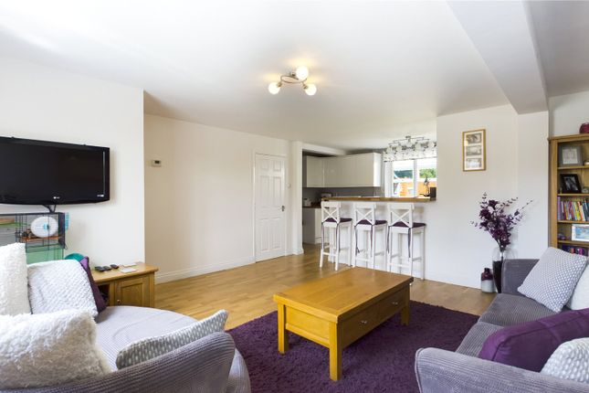 Living Area of Dwyer Road, Reading, Berkshire RG30