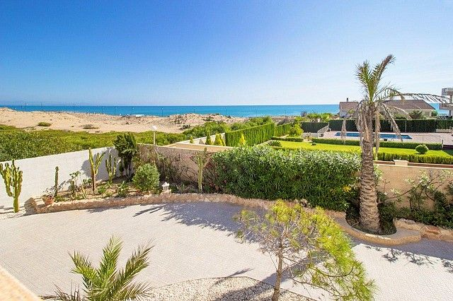 Thumbnail Villa for sale in Torre La Mata, Alicante, Spain