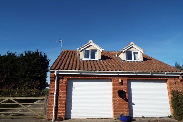 Thumbnail Flat to rent in Frostenden, Beccles