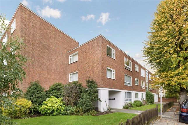Thumbnail 2 bed flat to rent in Sandycombe Road, Kew, Richmond