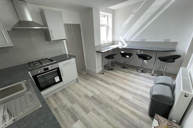 4 bed property to rent in Daniel Street, Cathays, Cardiff CF24