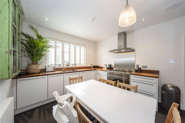 Thumbnail Flat to rent in Moor Mead Road, Twickenham, Middlesex