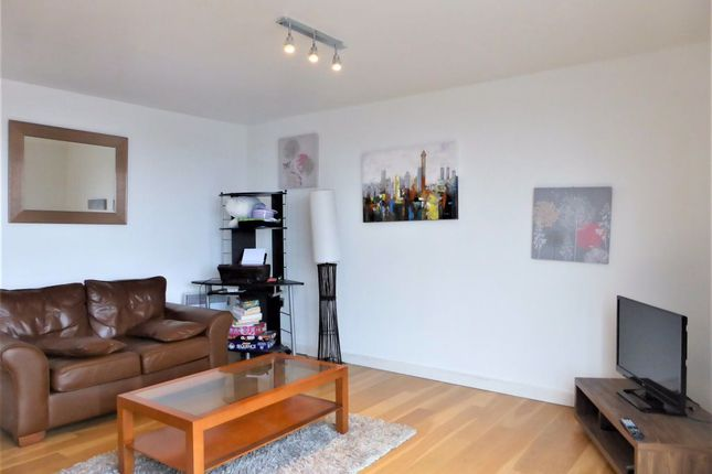 1 bed flat to rent in Queens Road, Brighton BN1
