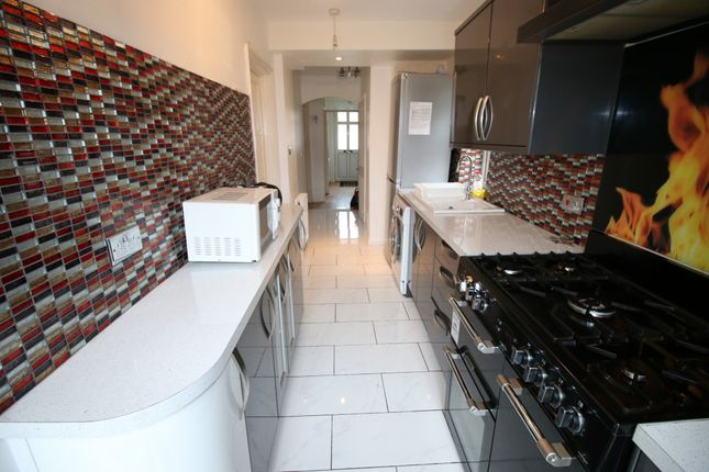 Thumbnail Semi-detached house for sale in Meadow Road, Feltham, Middlesex