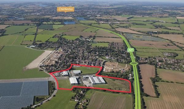 Thumbnail Warehouse to let in Chichester Business Park, City Fields Way, Chichester, West Sussex