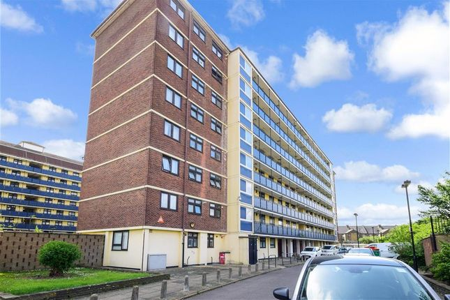 Thumbnail Flat for sale in Melford Road, London