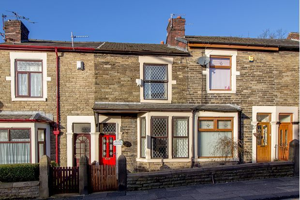 Thumbnail Terraced house to rent in Crown Lane, Horwich, Bolton