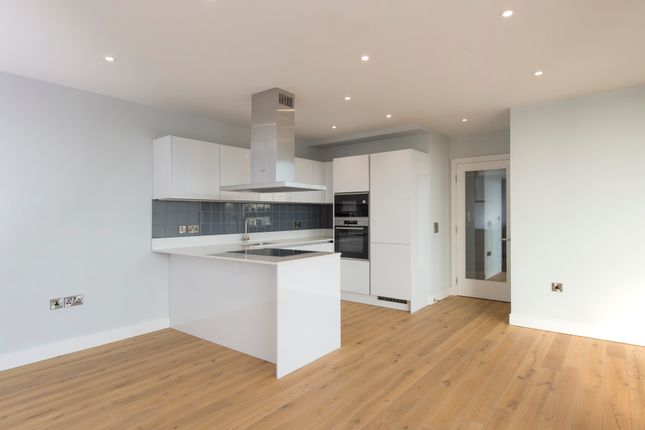 3 bedroom flat for sale in New Retort House, Brandon Yard, Lime Kiln Road, Bristol