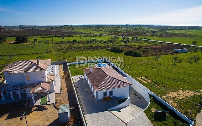 Thumbnail Villa for sale in Armacao De Pera, Algarve, Portugal