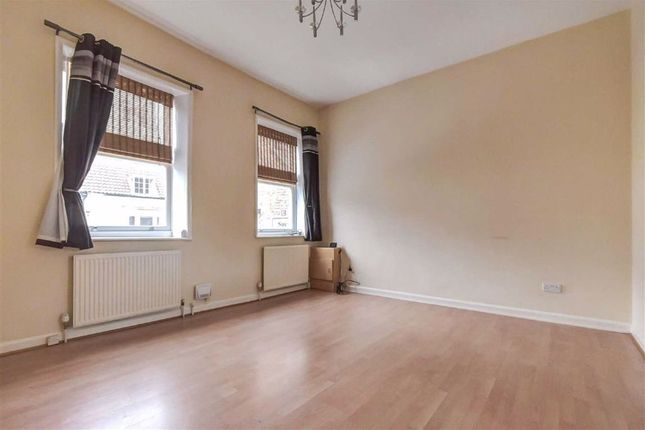 Thumbnail Flat to rent in Market Place, Hedon