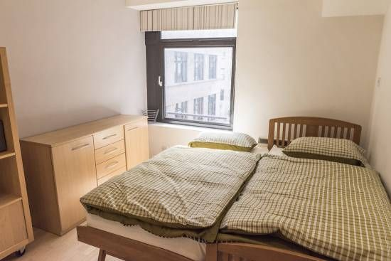 Thumbnail Flat to rent in The Headrow, Leeds