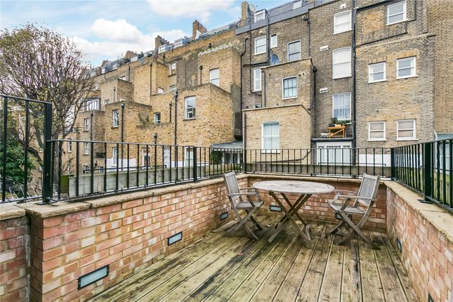 Thumbnail Flat to rent in Moreton Place, Pimlico, London